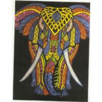 Elefánt színes feketén