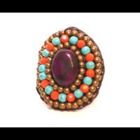 Egyedi gyűrű kövekkel B