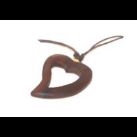 Nyaklánc teakfa medállal szív