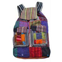 Foltvarrott hímzett hátizsák 2