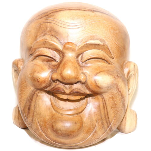 Happy Buddha fából