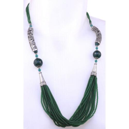 Zöld gyöngyös nyaklánc