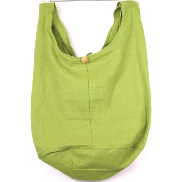 Hosszú vállpántos táska több szín