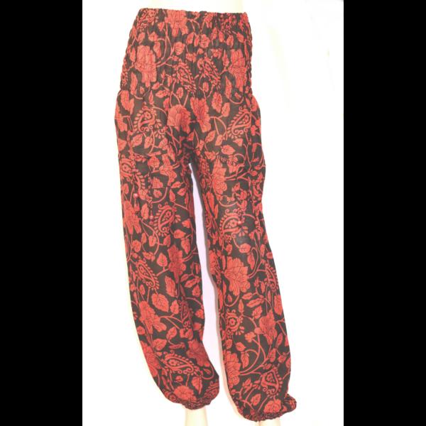 Fekete-piros nadrág