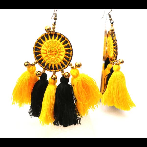 Bojtos hosszú sárga-fekete