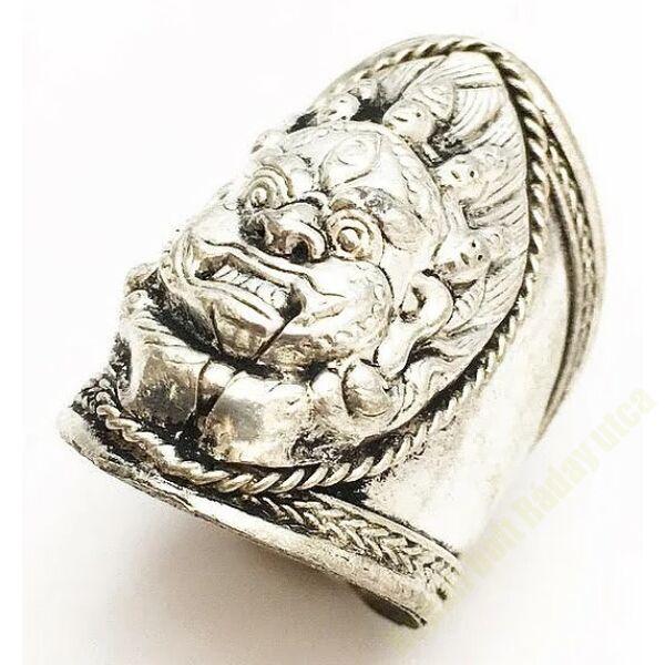 Mahakala gyűrű